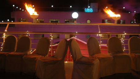 Promenade Deck at Polo Floatel Calcutta Kolkata  Banquets in Kolkata  Conferences in Kolkata 5