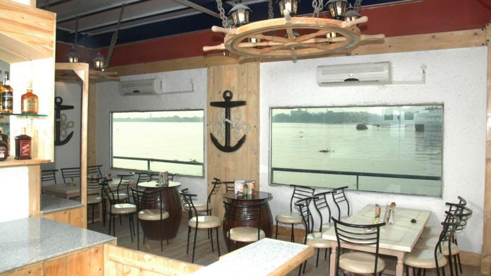 Bar in Kolkata  The Anchorage Bar in Floatel Kolkata Kolkata  Hotel in Kolkata 1