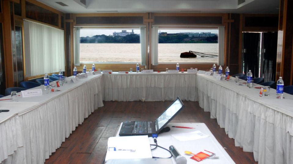 Captains Cabin at Floatel Kolkata Kolkata  Banquets in Kolkata  Conferences in Kolkata 2