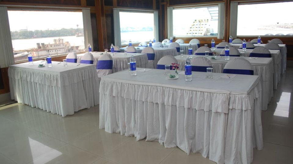 Compass Room at  Kolkata  Banquets in Kolkata  Conferences in Kolkata 3