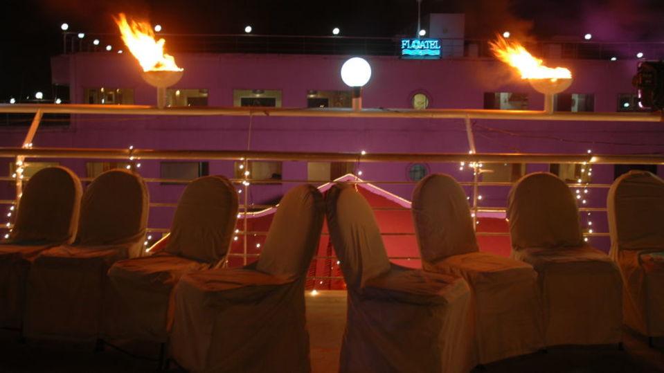Promenade Deck at Floatel Kolkata Kolkata  Banquets in Kolkata  Conferences in Kolkata 5
