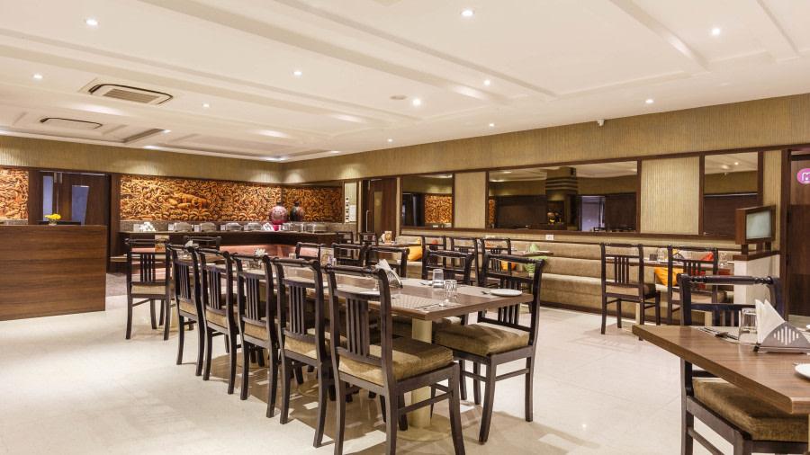 Ratanada restaurant 4442 auxkl0