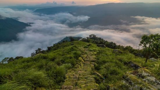 Valley in Sohra Photo Credit Wann Majaw r12p4k