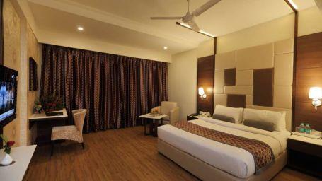 Comfort King Bed Room Pai Vista Mysore