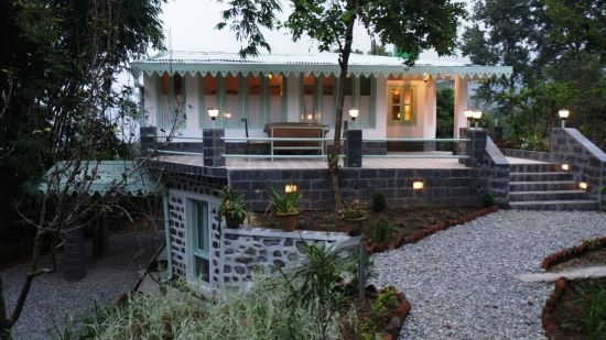 The Bungalows Lake Side Naukuchiatal, Front view