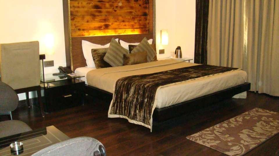 Hotel Shreyans Inn, Safdarjung Enclave, New Delhi Delhi Shreyans Inn Safdarjung Enclave New Delhi Deluxe Rooms3