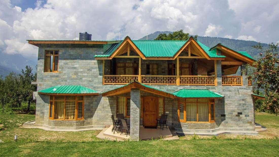 Baragarh Villa Kullu Facade view Baragarh Villa Kullu Himachal Pradesh