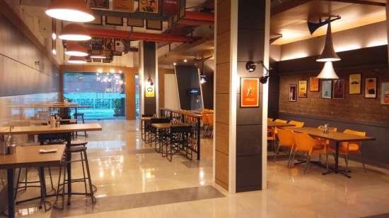 Restaurant Hotel Polo Max Jabalpur