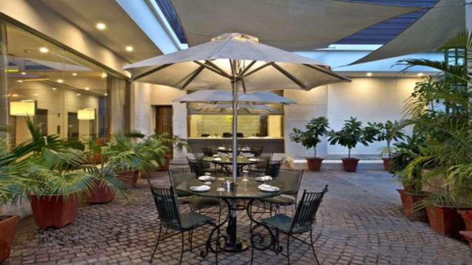 Restaurant Nirwana Hometel Jaipur