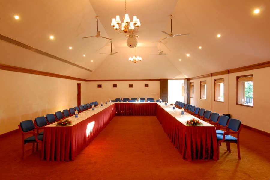 alt-text Estuary Conference Hall 2