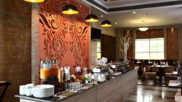 Tripti Restaurant at Nidhivan Sarovar Portico Vrindavan, hotels in vrindavan 11