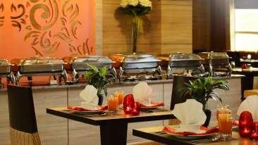 Vrindavan Restaurant Nidhivan Sarovar Portico Restaurant In Vrindavan 888