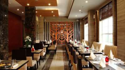 Tripti Restaurant atNidhivan Sarovar Portico Vrindavan_ top restaurants in vrindavan 2
