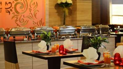 Tripti Restaurant at Nidhivan Sarovar Portico Vrindavan, best hotels in vrindavan