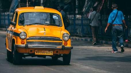 car-3153077 1920