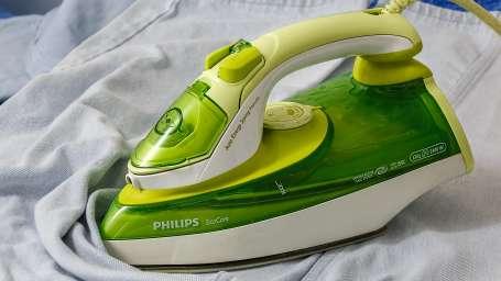 ironing-403074 1920