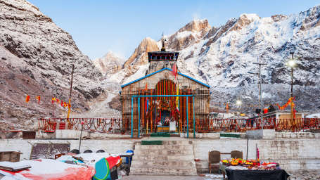kedarnath temple1 Chardham Experience with Leisure Hotels