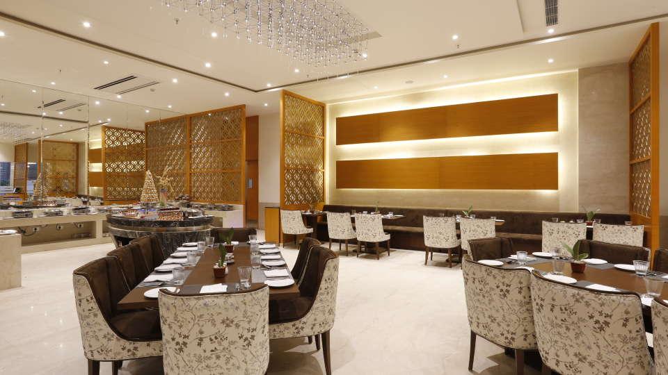 Best Restaurants in Jhansi, Restaurant Nataraj Sarovar Portico Jhansi 10