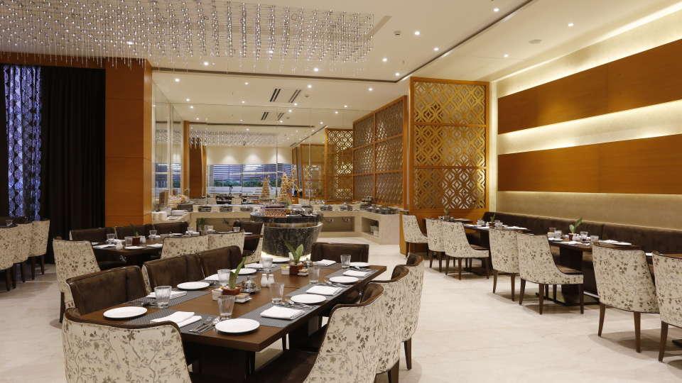 Best Restaurants in Jhansi, Restaurant Nataraj Sarovar Portico Jhansi 12
