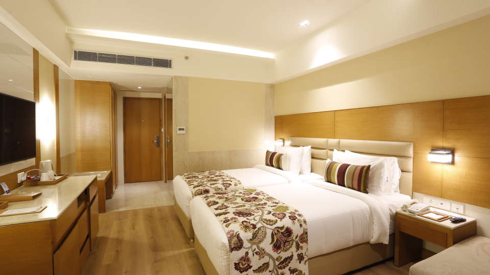 hotel rooms in Jhansi, Superior Rooms in Jhansi with Twin Bed at Natraj Sarovar Portico Jhansi 3