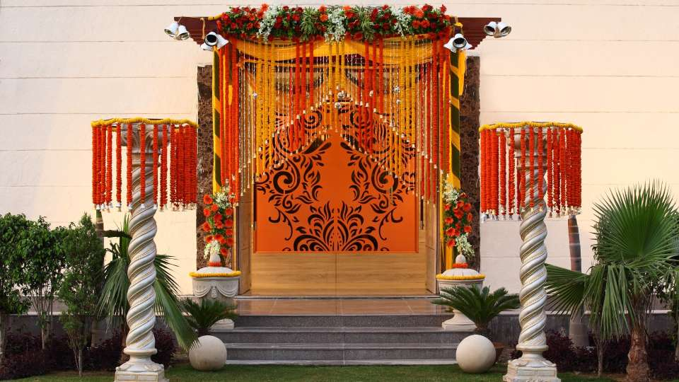 Banquet Hall at Nidhivan Sarovar Portico Vrindavan, weddings in vrindavan 1