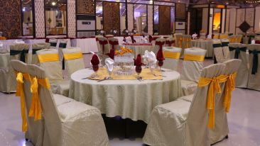 banquet-hall-5120991 1920