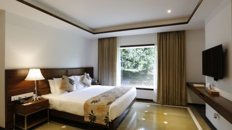 Kings Suite at The River View Retreat - Corbett 3