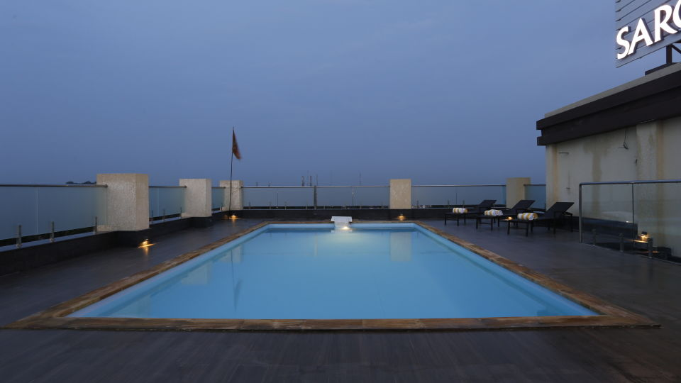 Swimming Pool at Natraj Sarovar Portico Jhansi Luxury Hotels in Jhansi with Swimming Pool 3