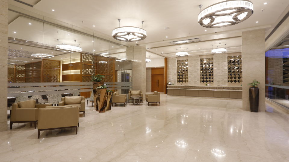 lobby at Nataraj Sarovar Portico Jhansi, business hotels in Jhansi dzvz