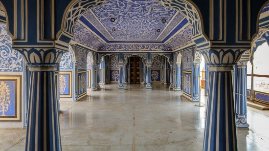 Visit Palaces in Jaipur with Sarovar Hotels, Jaipur Museum with Sarovar Hotels, Best Hotel in Jaipur with Sarovar, Sarovar Jaipur