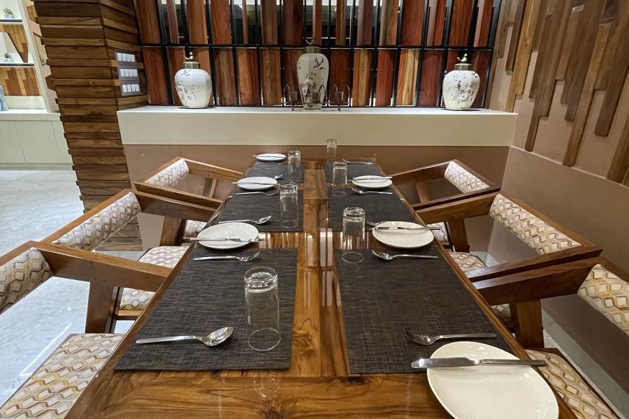 alt-text Restaurant10