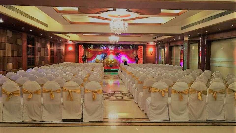Banquet. Hotel Kohinoor Park Prabhadevi Mumbai 16