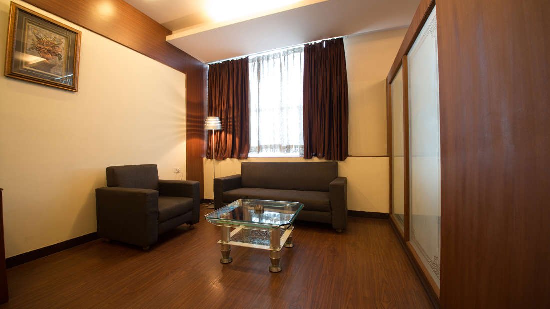 Hotel PR Residency        Amritsar royal suite-sitting area-hotel pr residency-amritsar