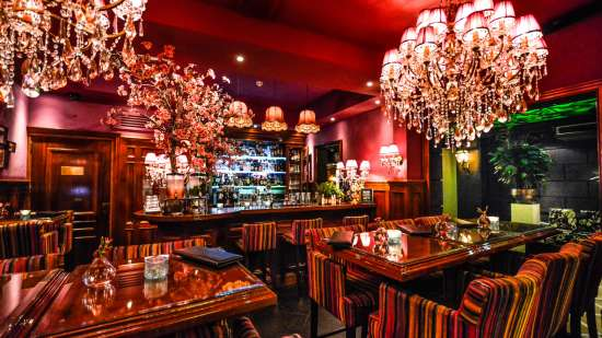beautiful-bar-in-amsterdam