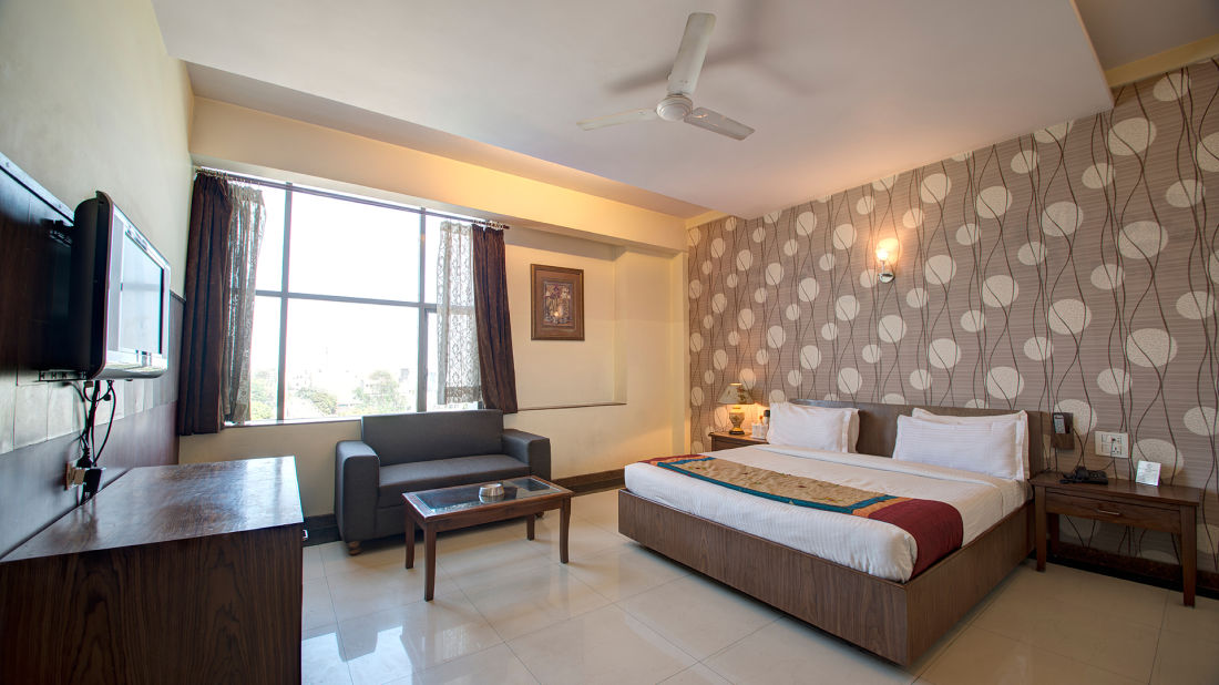 Hotel PR Residency        Amritsar deluxe room-hotel pr residency-amritsar