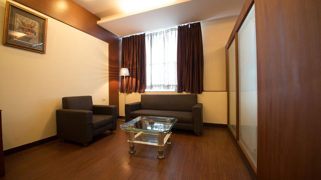 Hotel PR Residency        Amritsar royal suite-sitting area-hotel pr residency-amritsar
