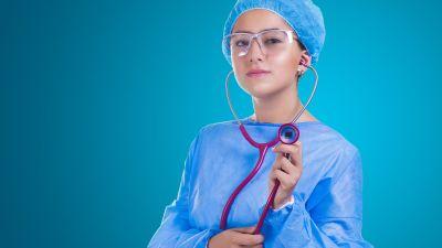 nurse-2141808 1920