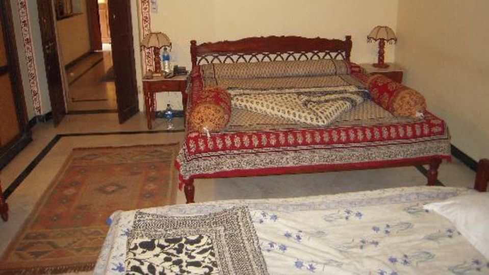 Deluxe room Devi Niketan Heritage Hotel Jaipur 1