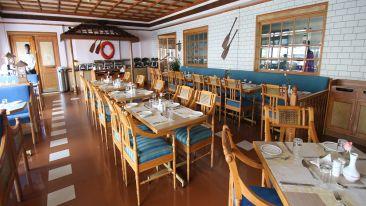 Kadaloram-restaurant-MG-Road-Ernakulam