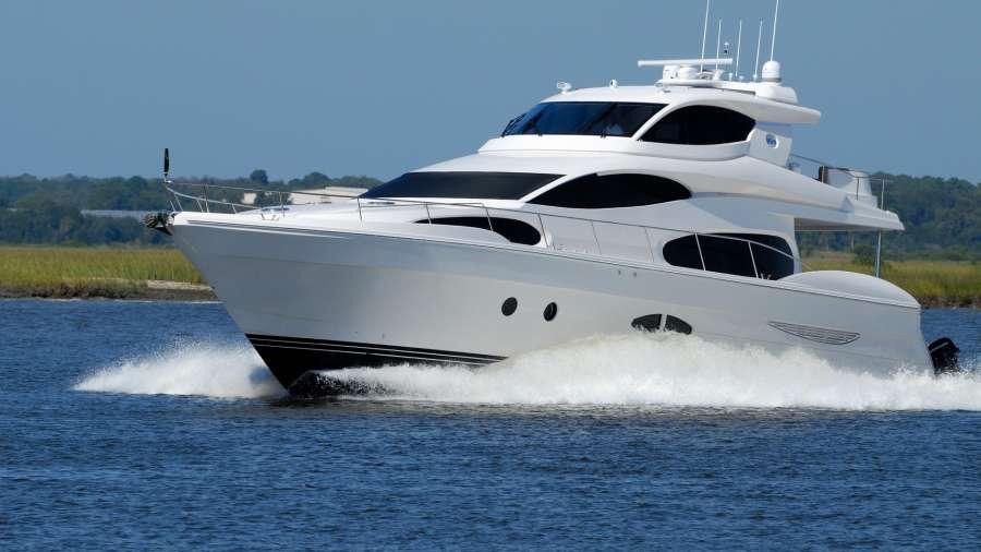 luxury-yacht-1620040 1920
