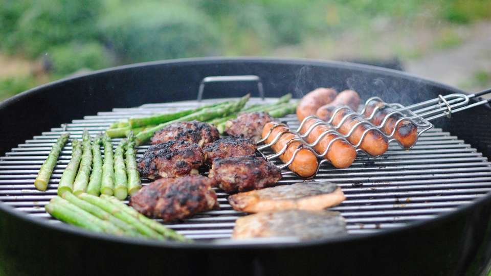 Barbecue Pacakges at Larisa Mountain Resort in Manali - Places to eat in Manali