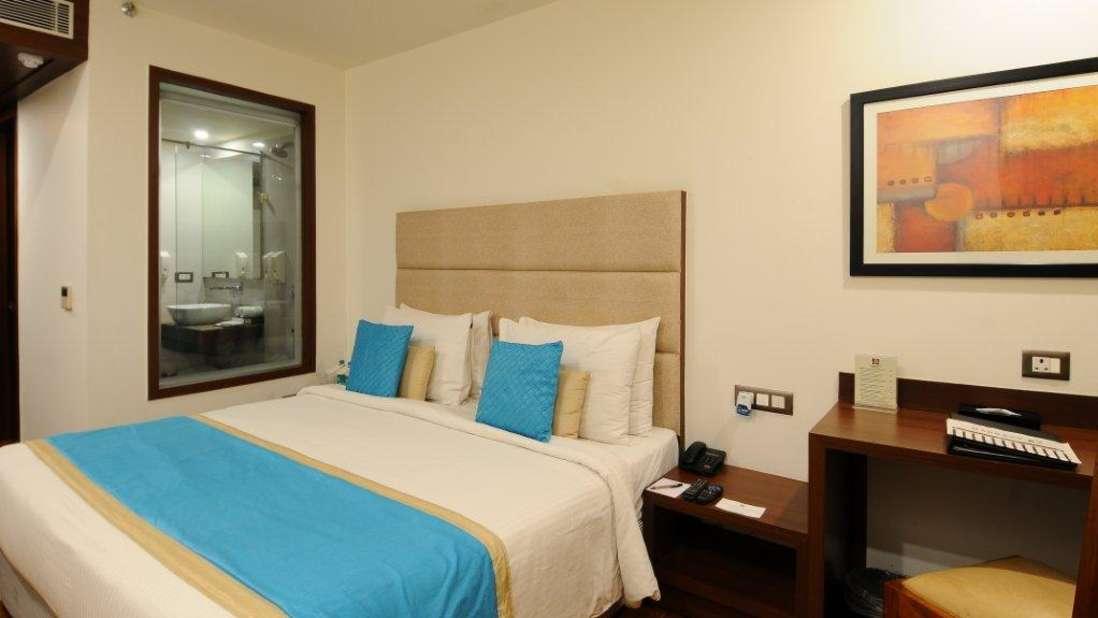 Superior room Hotel Ascent Biz Noida