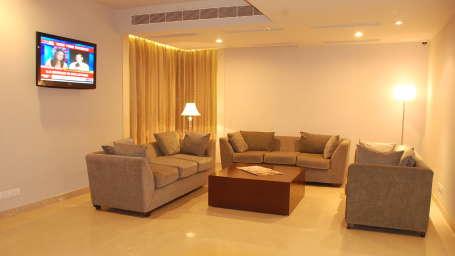 Lobby at Hotel Sarovar Portico Naraina New Delhi 4