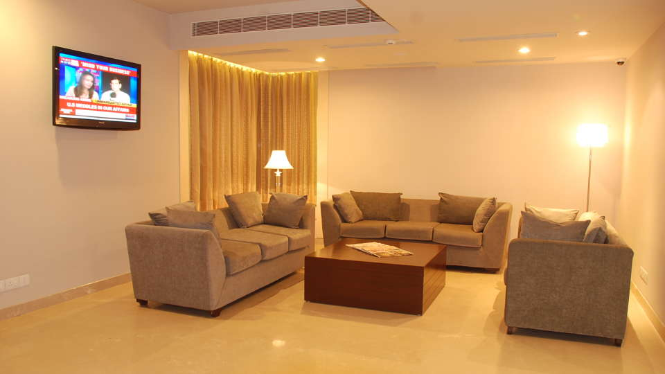 Lobby Sarovar Portico Naraina New Delhi 4