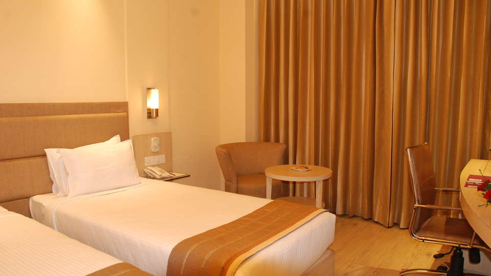 Superior Room Sarovar Portico Naraina New Delhi 5