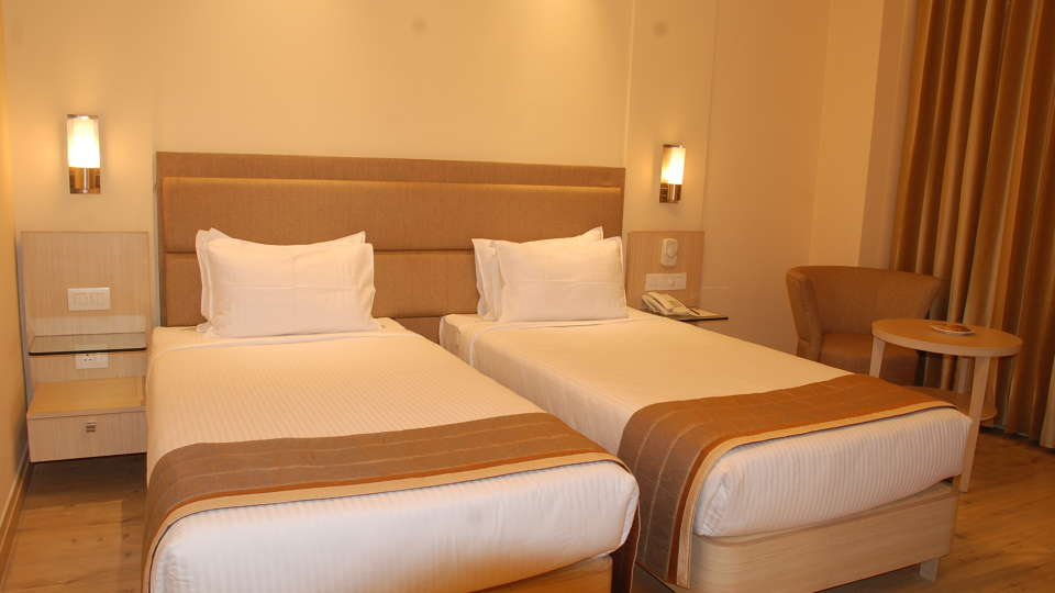 Superior Room at Hotel Sarovar Portico Naraina New Delhi 4