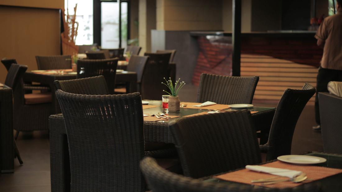 Hotel Z Luxury Residences, Juhu, Mumbai  Mumbai Jal Restaurant Hotel Z Luxury Residences Juhu Mumbai 4