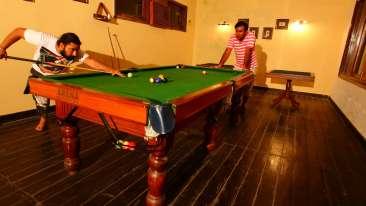 pool table 2000