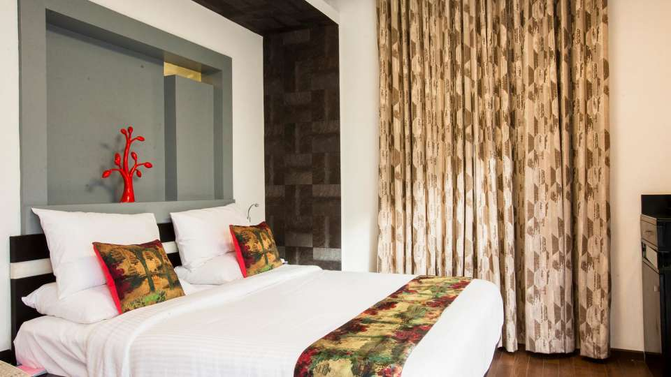 Mango Classic Rooms 2, Mango Hotels Purple Brigade, Rooms in Bangalore