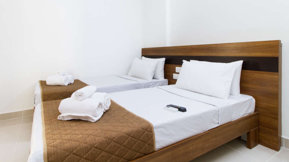 Premium Twin Room with Kitchenette The Sanctum Suites in Whitefield 3